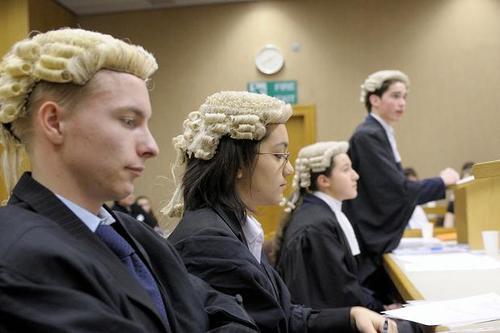 Luật sư FACE
